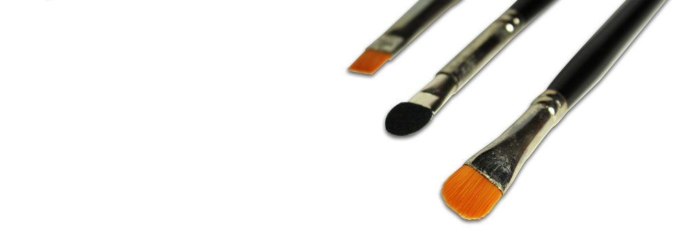 Pinceaux pour appliquer le maquillage minéral