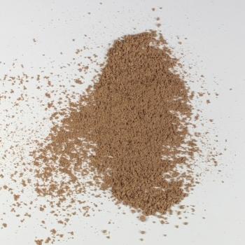 Fond de teint minéral poudre libre Eugénie Prahy n°15 - Couleur swatch