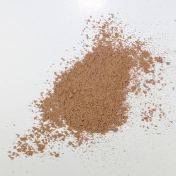 Fond de teint minéral poudre libre Eugénie Prahy n°25 - Couleur swatch