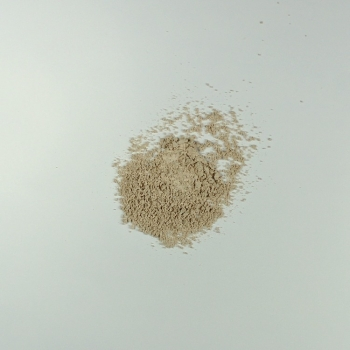Fond de teint minéral poudre libre Eugénie Prahy n°03 - Couleur swatch